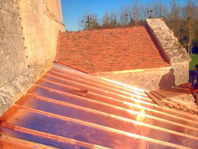 Couverture en cuivre - Eglise de Chivy les Etouvelles (02)