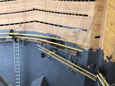 HOTEL DES INVALIDES – PARIS 7EME <br> Couverture ardoises naturelles posées aux clous – Porche d'entrée
